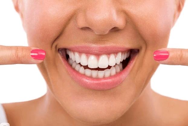 как ухаживать за зубными имплантами